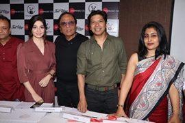 Singer Shaan launched Hiroo Thadani's single Unko Apne Kareeb Dekha Tha