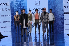 Label Pearl and Hariom Dazzles at a Fashion Week